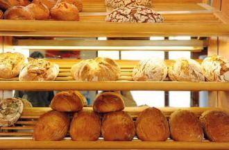 عرضه شیرینی های قنادی توسط فروشندگان نان فانتزی ممنوع شد!