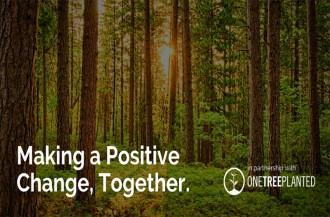 بلومر در طرح ابتکار جنگل کاری مجدد، با One Tree Planted همکاری می کند.